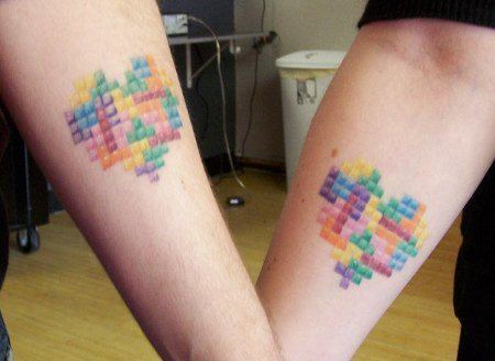 This couple has had matching Tetris heart tattoos inked into their forearms as a symbol of the love in their relationship