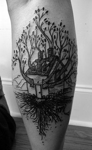 A clever tattoo by David Hale that is a visual pun on the word Treehouse