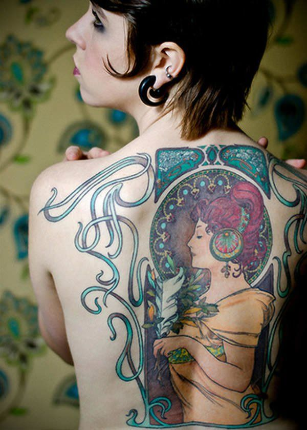 Art Deco represented luxury, wealth and glamour, which means that Art Deco tattoos can carry this symbolism