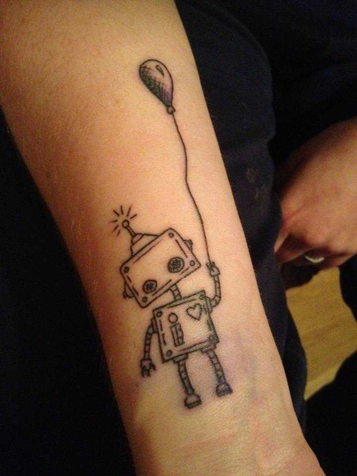 Joshua Kahl's robot tattoo symbolizes innocence and love with its balloon and heart symbols