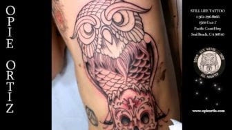 Time-lapse Video: Opie Ortiz Tattooing an Owl on a Skull