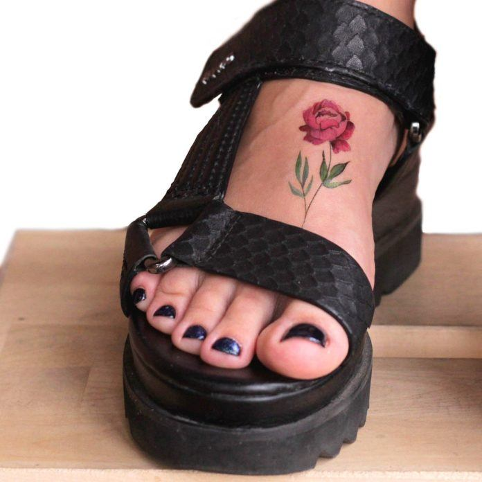 Tattoo artist Lena Fedchenko designed this pink peony temporary tattoo that can be worn anywhere on the body