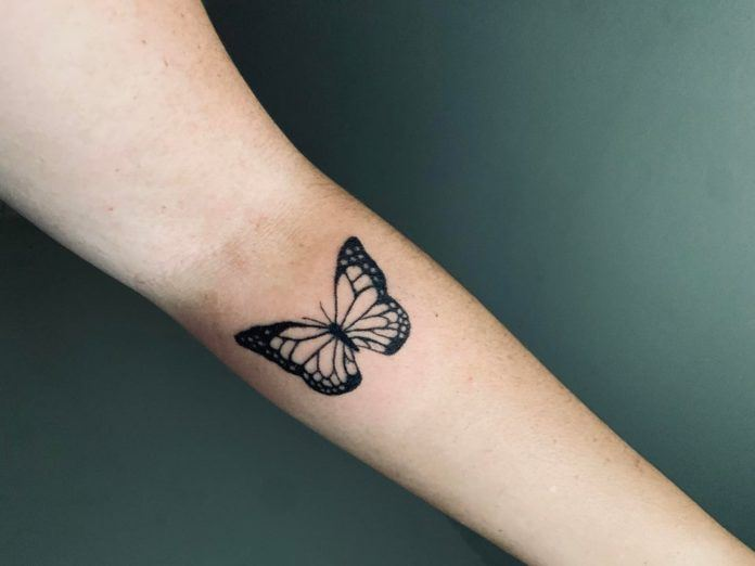 This beautiful butterfly tattoo shows that with a bit of practice and patience an artist can develop the skills to create amazing art work on their own skin